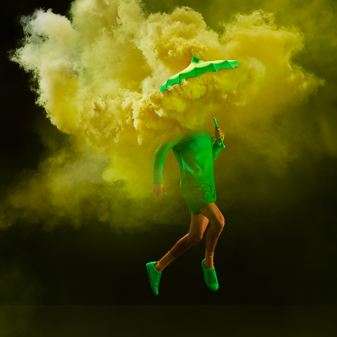 Tim_Tadder_Smoke_umbrellas_-6